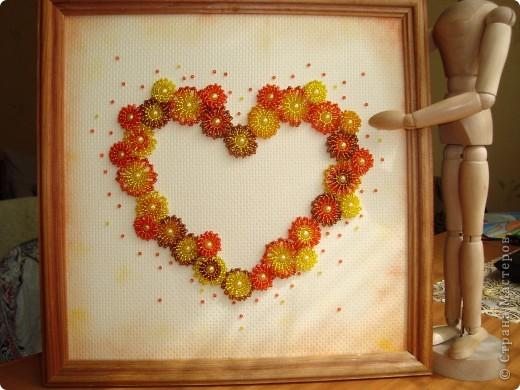 Сердце из бисерных цветов Dsc02671