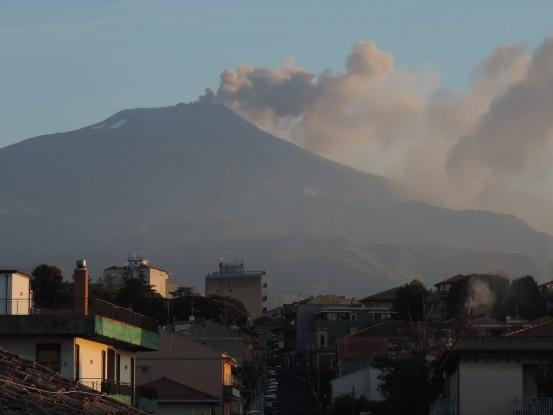 Mount Etna is roaring back again Etna-eruption-may-17-2016-3