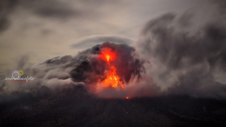 Volcanic unrest around the world Sinabung-volcano-4