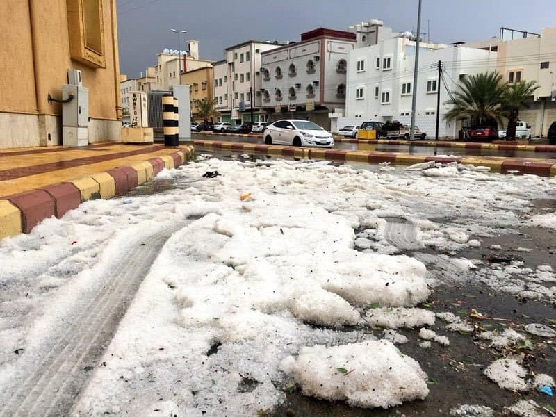 Weather chaos: Man risks his life to rescue a drowning cat after extreme hailstorms inundate parts of Saudi Arabia in frozen waters Hailstorm-saudi-arabia-august-2018-1