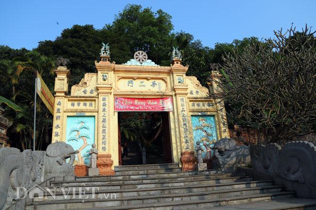 Bí ẩn ngôi chùa không có hòm công đức và nhục thân Thiền sư 300 năm không phân hủy ở Bắc Ninh (+video) Anh-2-1552839633-width650height433
