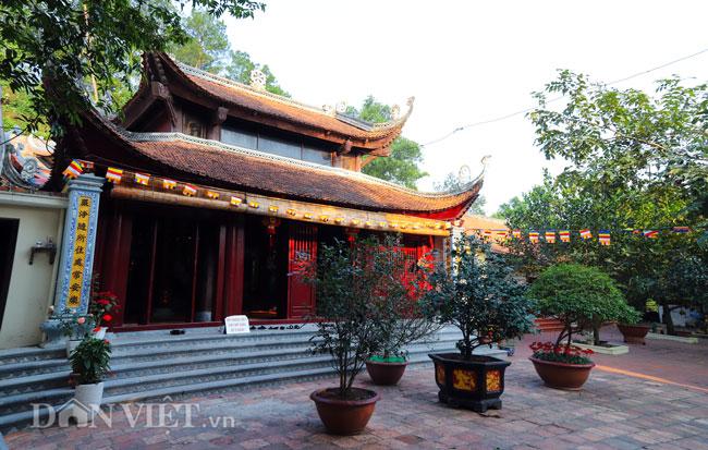 Bí ẩn ngôi chùa không có hòm công đức và nhục thân Thiền sư 300 năm không phân hủy ở Bắc Ninh (+video) Anh-7-1552839633-width650height413