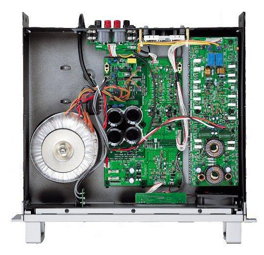 THE T.AMP TA2400 MK-X - Impressioni e shock! (Addio T-Amp) - Pagina 18 Yamaha-p3500s_open