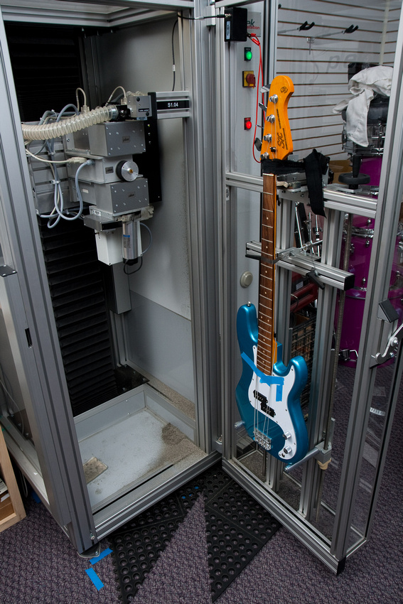 Novo Fender Precision Roger Waters Signature - Página 2 P831862871-5