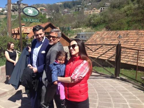 George Clooney at dinner in Dolmama restaurant in Dilijan, Armenia 13051737_10154127901578288_8486976077414582119_n