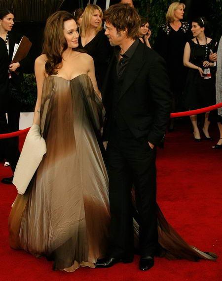 Angelina Jolie Angelina-jolie-brad-pitt-red-carpet-sag-2008