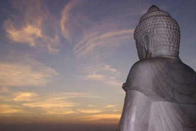 Bouddha Sâkyamuni ! Buddha_20and_20Sky