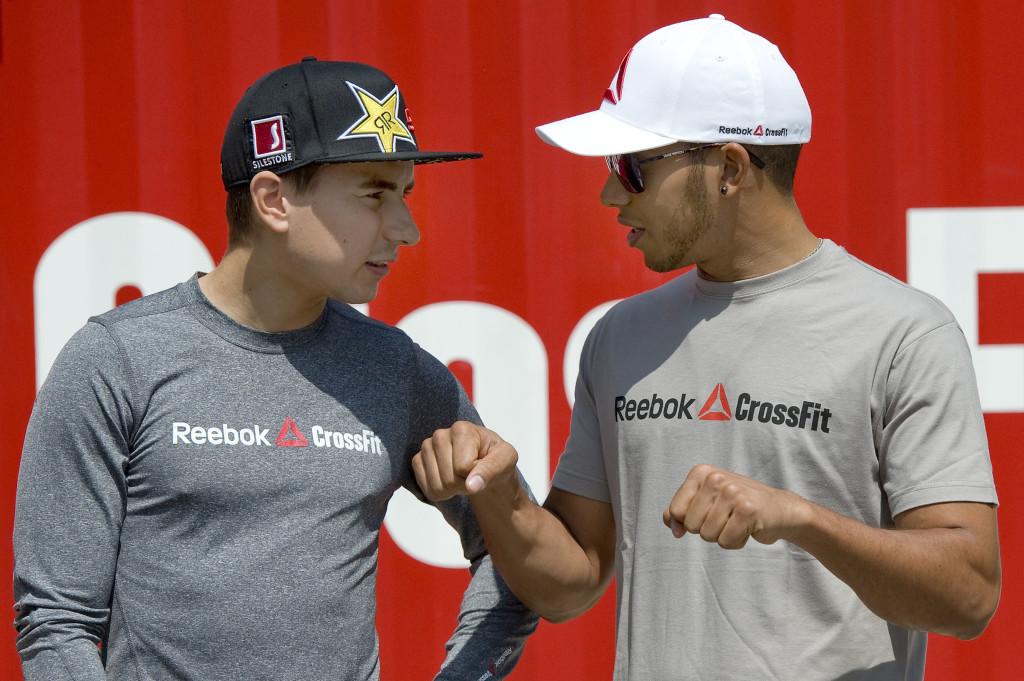 ¿Cuánto mide Lewis Hamilton? - Estatura y peso - Real height HamiltonLorenzo-Barcellona_Reebok-Crossfit1-1024x681