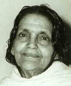 Mâ Ananda Moyî  .......La Mère Divine incarné....... Ma_anandamoyi