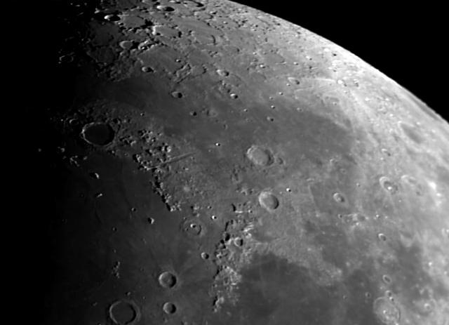 La Lune - Page 18 Lune2_2