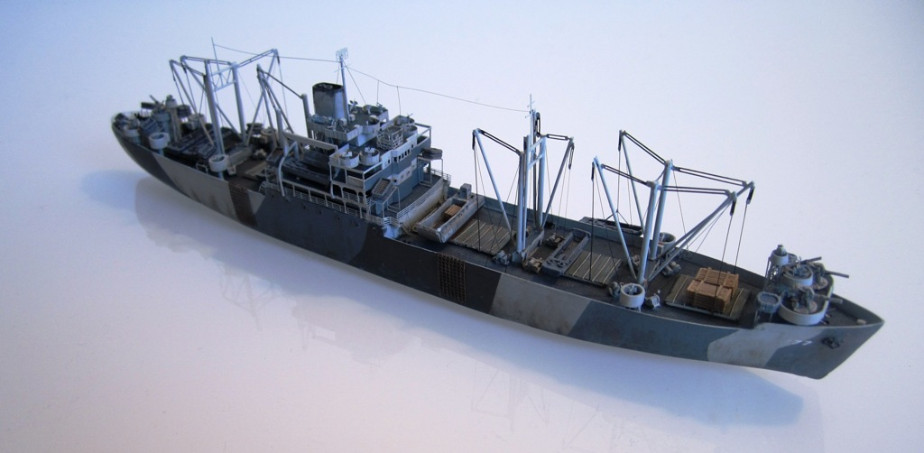 USS Thurston - Omaha beach D DAY - Cargo type C2 - 1/700 - Loose cannon & scratch - Nesquik 1