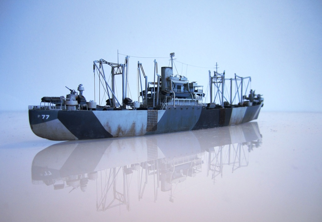 USS Thurston - Omaha beach D DAY - Cargo type C2 - 1/700 - Loose cannon & scratch - Nesquik 5