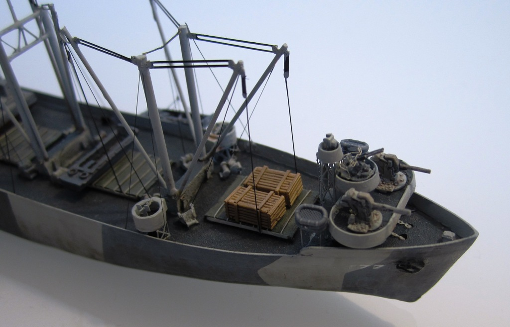 USS Thurston - Omaha beach D DAY - Cargo type C2 - 1/700 - Loose cannon & scratch - Nesquik 6
