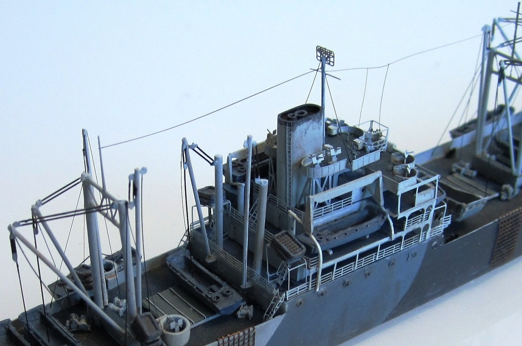 USS Thurston - Omaha beach D DAY - Cargo type C2 - 1/700 - Loose cannon & scratch - Nesquik 8