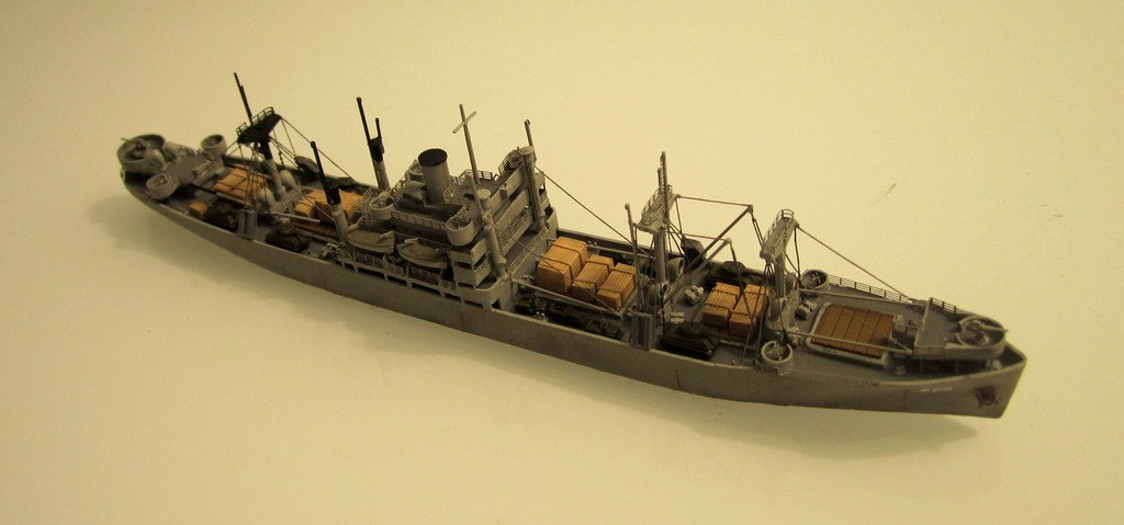 Victory Ship - Loose cannon- 1/700 par Nesquik Victory_ship_03