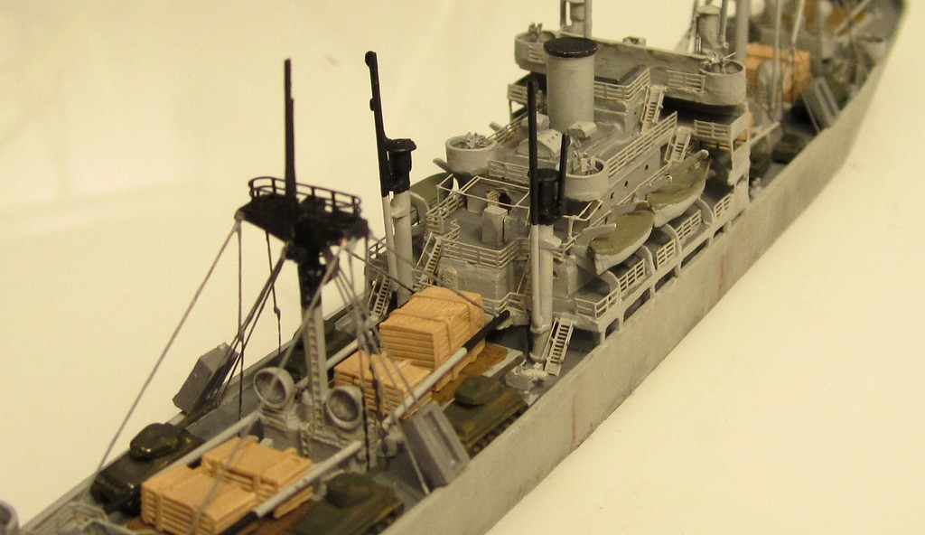 Victory Ship - Loose cannon- 1/700 par Nesquik Victory_ship_05