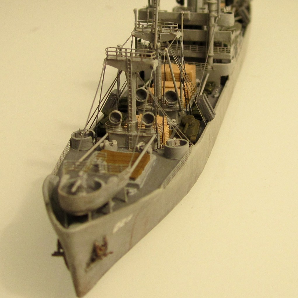 Victory Ship - Loose cannon- 1/700 par Nesquik Victory_ship_08