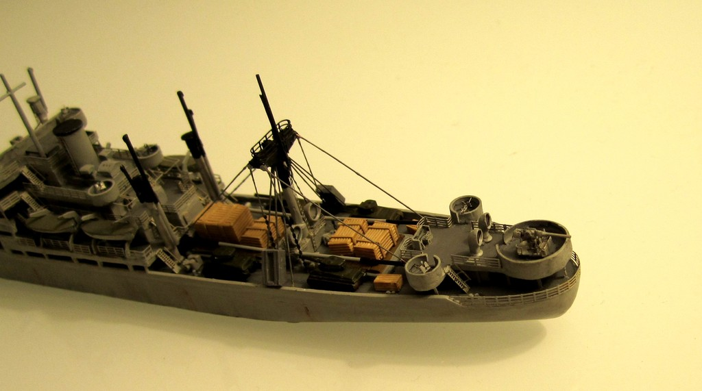Victory Ship - Loose cannon- 1/700 par Nesquik Victory_ship_09