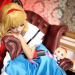 [Cosplay] Alice Margatroid (Ely) 03fGlXyd