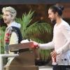 [Vie privée] 14.06.2014  Astro Burger  West Hollywood Los Angeles Etats-Unis Bill & Tom Kaulitz  7Jg63AI0