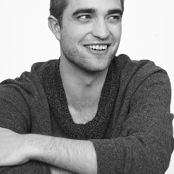 Nouveaux outtakes du shooting de Robert Pattinson pour Carter SMITH - Page 12 Aaa6zDAZ