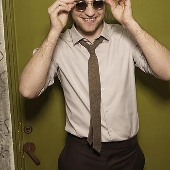 Nouveaux outtakes du shooting de Robert Pattinson pour Carter SMITH - Page 12 AaaKywqG