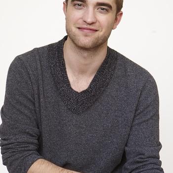Nouveaux outtakes du shooting de Robert Pattinson pour Carter SMITH - Page 12 Aaabop7s