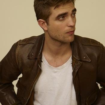 Nouveaux outtakes du shooting de Robert Pattinson pour Carter SMITH - Page 12 Aaaktw00