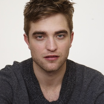 Nouveaux outtakes du shooting de Robert Pattinson pour Carter SMITH - Page 12 AaamDt60