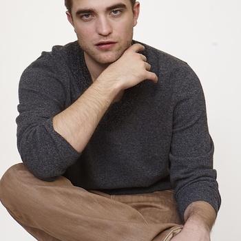 Nouveaux outtakes du shooting de Robert Pattinson pour Carter SMITH - Page 12 AaayydN6