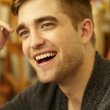 Nouveaux outtakes du shooting de Robert Pattinson pour Carter SMITH - Page 12 AaazSJzk
