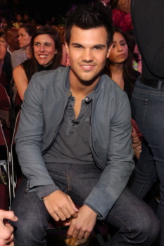 Kids' Choice Awards 2012 AacTww5v
