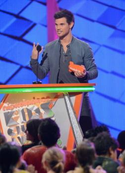 Kids' Choice Awards 2012 AacnnYZf