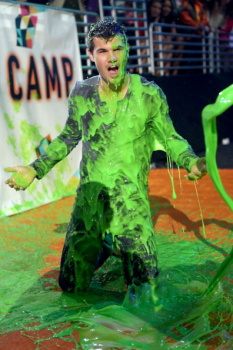 Kids' Choice Awards 2012 Aaz6bjFm