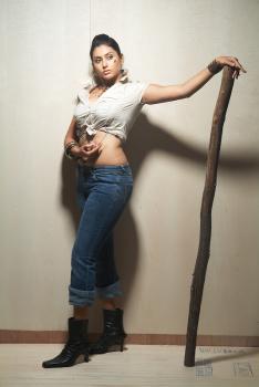 Namitha Latest Fat Navel Photos  AbczF5pH