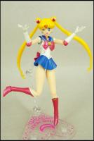 [Tamashii Nations] SH Figuarts Sailor Moon - Page 2 AbevINyd