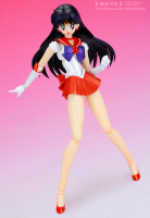 [Tamashii Nations] SH Figuarts Sailor Moon - Page 3 Abf1drpE