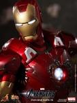 Iron Man (Hot Toys) AbiFnuCL
