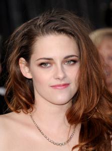 Kristen Stewart - Imagenes/Videos de Paparazzi / Estudio/ Eventos etc. - Página 31 AbqhCzXO