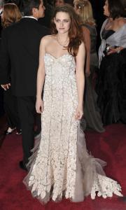 Kristen Stewart - Imagenes/Videos de Paparazzi / Estudio/ Eventos etc. - Página 31 AbvjbXhw