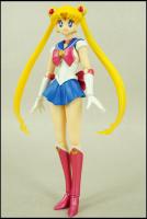 [Tamashii Nations] SH Figuarts Sailor Moon - Page 2 AbwoVj2j