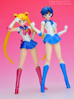 [Tamashii Nations] SH Figuarts Sailor Moon - Page 2 AbyBdTgB