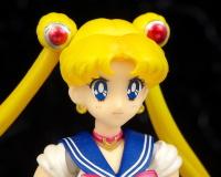 [Tamashii Nations] SH Figuarts Sailor Moon - Page 2 AcbKKZXT