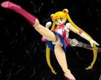 [Tamashii Nations] SH Figuarts Sailor Moon - Page 2 AccXdTGW