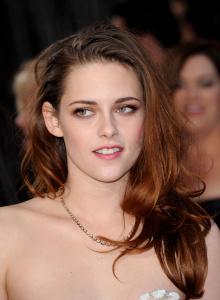 Kristen Stewart - Imagenes/Videos de Paparazzi / Estudio/ Eventos etc. - Página 31 AciYQ7lA