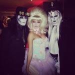 "[Vie privée] 31.10.2012 Los Angeles - Treats! Magazine ""Trick or Treats! Halloween Party"" Ack03fru"