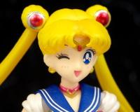 [Tamashii Nations] SH Figuarts Sailor Moon - Page 2 AcoPJUPh