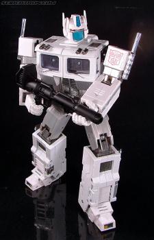 [Masterpiece Takara Tomy] MP-2 ULTRA MAGNUS - Sortie 2004 Acq6l5R0