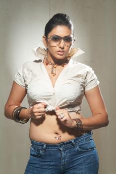 Namitha Latest Fat Navel Photos  Acqt0ohJ