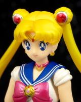 [Tamashii Nations] SH Figuarts Sailor Moon - Page 2 AcwemRu7
